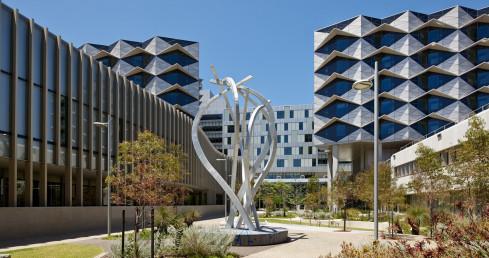Fiona Stanley Hospital, WA - Silver Thomas Hanley / Hames Sharley / Hassell Architects